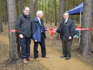 Ken Schofield CBE (right) with Surrey Wildlife Trust Chairman Ron Prichard (left) and HCPS Chairman David Robbins
