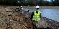 Planting the banks of the new Heather Farm Wetland on Horsell Common